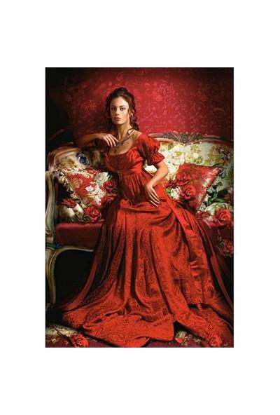 Castorland 1500 Parça Puzzle (Kırmızı Güzellik)