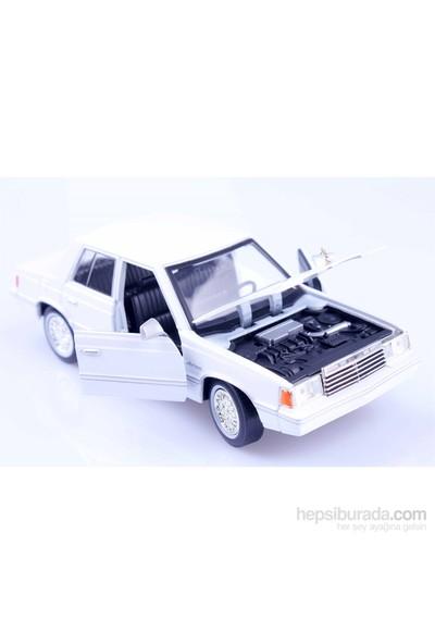 Diecast 1982 Dodge Aries K 1/24 Die Cast Model Araç