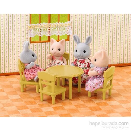 Sylvanian Families Table & Chair Set