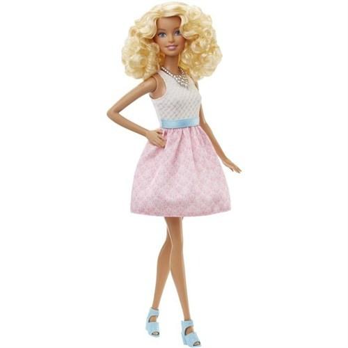 Barbie Büyüleyici Parti Bebekleri Dgy57