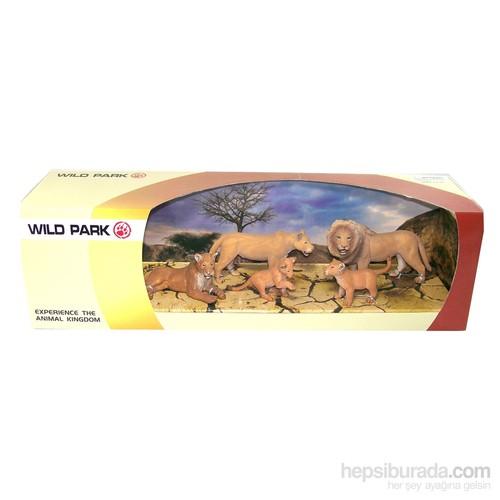 Cc Oyuncak Wild Park Kutuda Beş Parça Aslan Ailesi