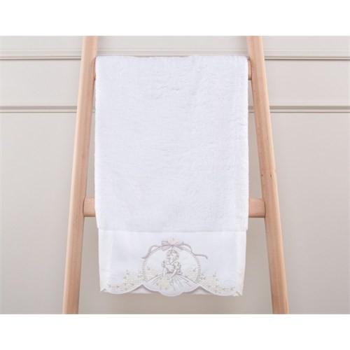Madame Coco Desenli Havlu Beyaz 50 X 76 Cm