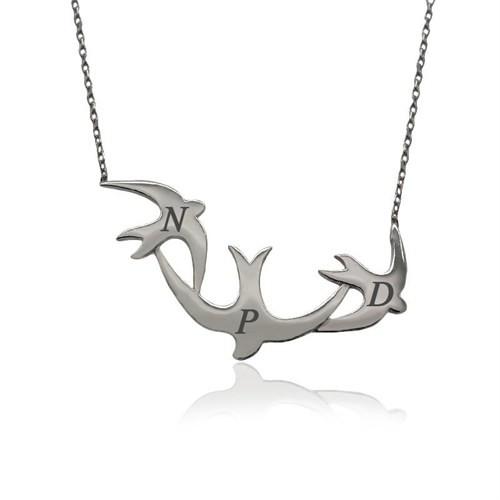 İndigo Takı Kişiye Özel Harfli Üçlü Kırlangıç Gümüş Kolye