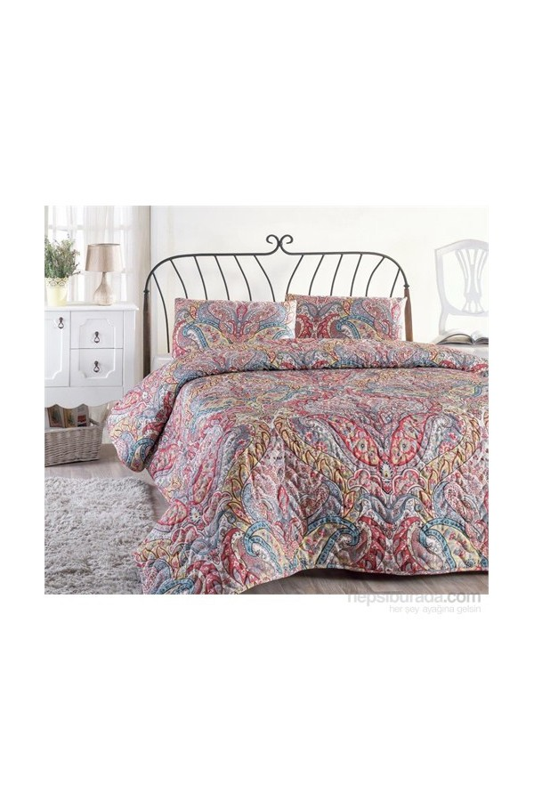 Eponj Home Double Embroidered Bedspread Set