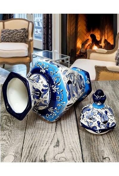 Otogar Çini El Yapımı 33 cm Altıgen Çini Küp-Kütahyadan Samur Fırça Işçiliği-Mavi Beyaz Dekor