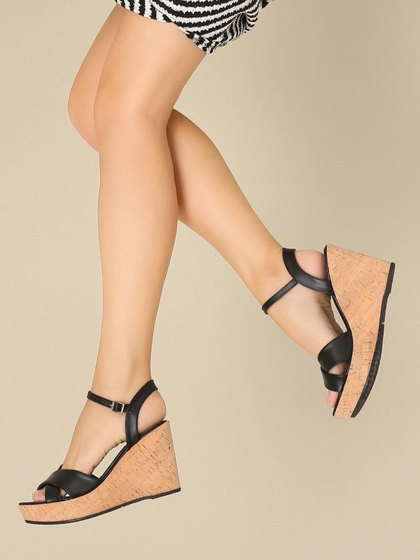 YAYA 01SAY218280A100 Siyah Kadın Sandalet