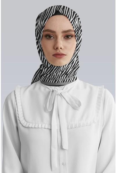 Moda Butik Kadın Siyah Beyaz Zebra Desenli Saten Eşarp 90X90
