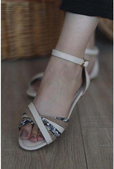Mugo Kadın Çapraz Bantlı Bilekten Bağlamalı Sandalet