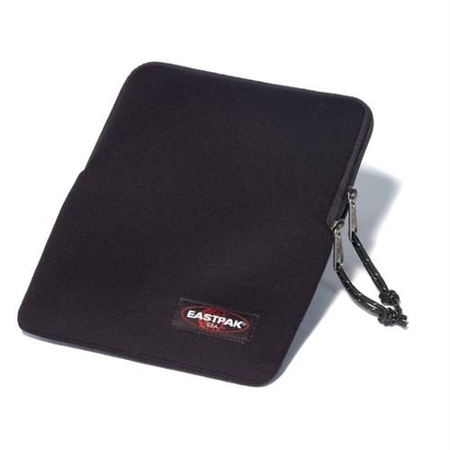 Eastpak Ek426 Kover 9.7 İnc Laptop Kilifi