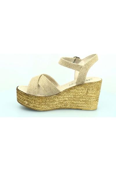 Kocamanlar Rissoli 8134-8 Dolgu Topuk Kadın Hasır Sandalet