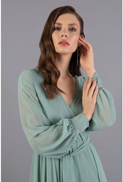 Carmen Açık Yeşil Şifon Kruvaze Uzun Abiye Elbise