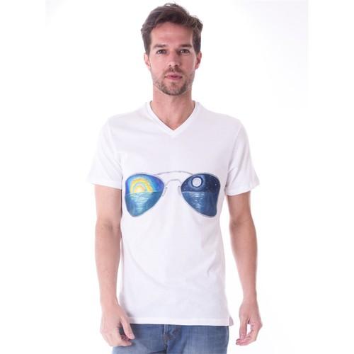 Ayyıldız 59483 Beyaz Gözlük Desen V Yaka Erkek T-Shirt