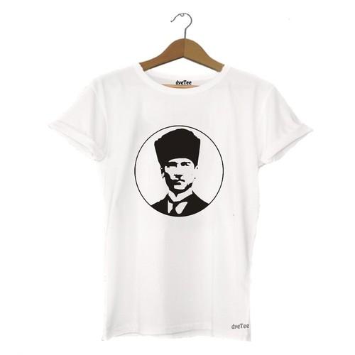 Dyetee 10 Kasım Atatürk Erkek T-Shirt