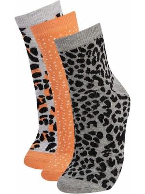 DeFacto Kadın Pamuklu Desenli 3'lü Soket Çorap V5065AZ21AU