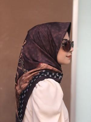 Kadın Kahverengi Osmanlı Desen Işlemeli Özel Tasarım Eşarp