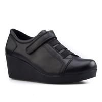 Cabani Cırtlı Günlük Kadın Ayakkabı Siyah Deri