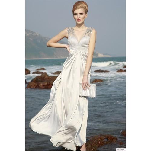 Nelida Omuzları Tül Detaylı Taş İşlemeli Elbise