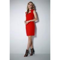 Ervans Yaka Detaylı Elbise Kırmızı