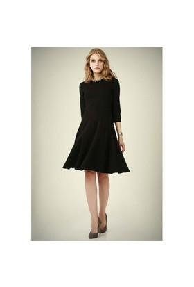 Ervans Eteği Kloş Elbise Siyah