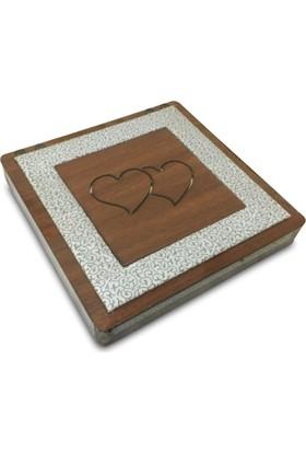 Alara Kalpli Ahşap Çikolata Kutusu - Kare - Beyaz