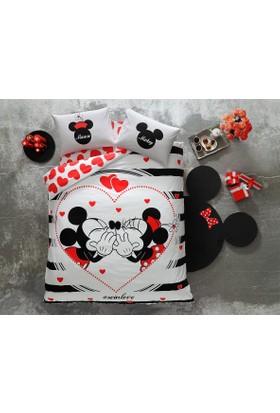 Taç Lisanslı Çift Kişilik Nevresim Takımı Disney Minnie Mickey Amour