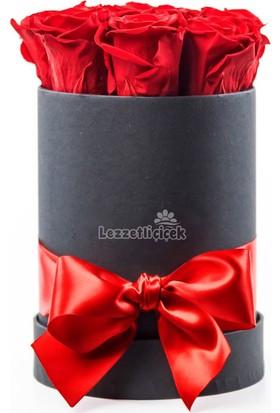 Lezzetli Çiçek Silindir Kutuda Kırmızı Güller