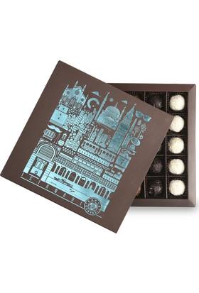 Kahve Dünyası Istanbul Desenli Kutuda 25'Li Truf
