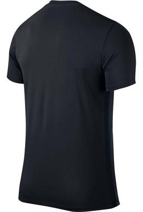Nike Erkek T-Shirt 725891-010