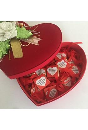 Mira Dizayn Kadife Kalp Kutu İçinde Mesajlı Çikolata