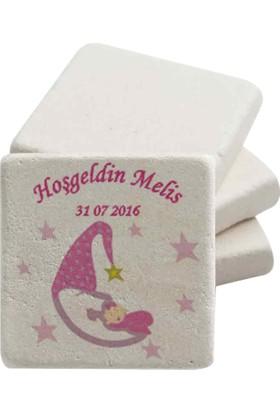 Famous İsim Baskılı 20 Adet Doğal Taş Magnet Bebek Şekeri 5Cm*5Cm