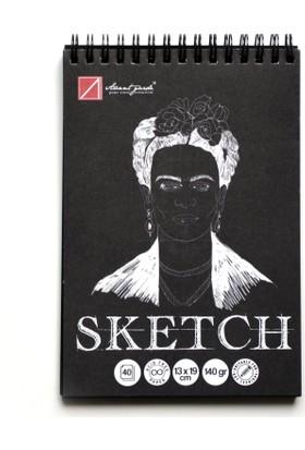 Avant-Garde Siyah Eskiz Defteri (13×19 cm, 140 gr)