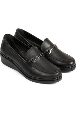 Gön Deri Kadın Ayakkabı 42300