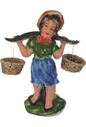 Zorlu Heykel Oduncu Kız
