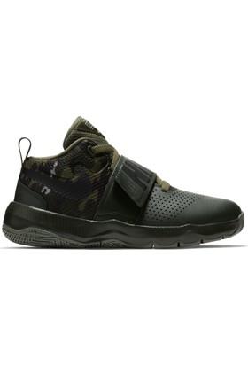 Nike 881941-301 Team Hustle D 8 Çocuk Basketbol Ayakkabı