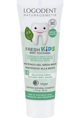 Logona Çocuklar İçin Tatlı Nane Özlü Diş Macunu