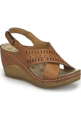 Polaris 81.158601.Z Taba Kadın Basic Comfort Dolgu Topuk Sandalet