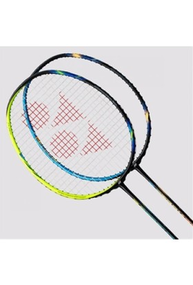 Yonex Astrox 77 Badminton Raketi