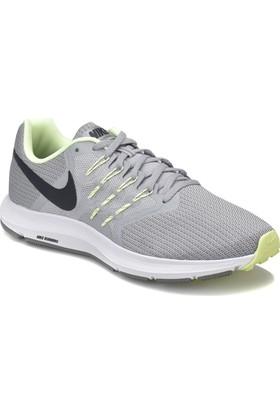 Nike Run Swift Gri Beyaz Erkek Koşu Ayakkabısı
