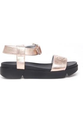 Emporio Armani Kadın Sandalet X3U064 XF194 00075