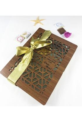 Tamamı Size Özel İşlemeli Ahşap Kutuda Kız İsteme Çikolatası 72 Adet