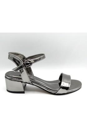 Palet Kadın Klasik Platin Renk Rugan Açık Ayakkabı