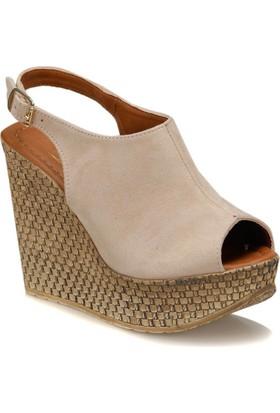 Butigo Benri*12Y Ten Rengi Kadın Dolgu Topuk Ayakkabı