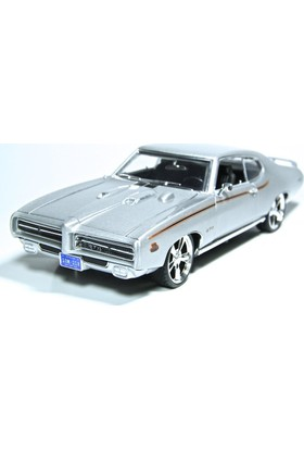 Motormax 1:18 Model Araba - 1969 Pontiac Gto Judge