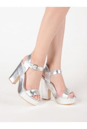 Mecrea Kadın She Gümüş Platform Topuklu Sandalet