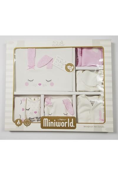 Miniworld Kız Uyuyan Tavşan10 lu Hastane Çıkışı