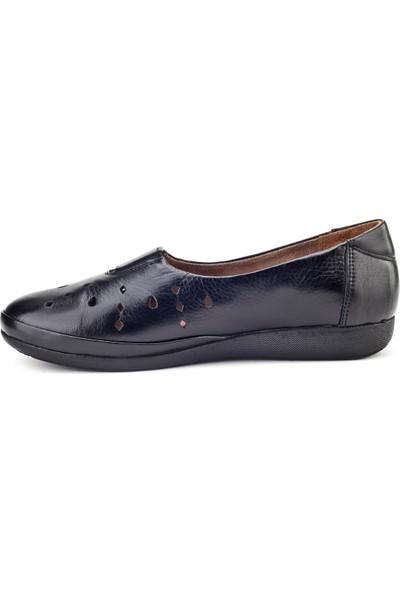 Cabani Streç Detaylı Lazerli Comfort Günlük Kadın Ayakkabı Siyah Deri