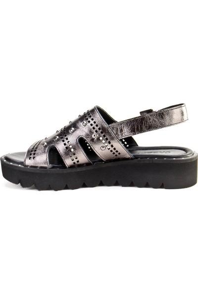 Cabani Tokalı Günlük Kadın Sandalet Gri Deri