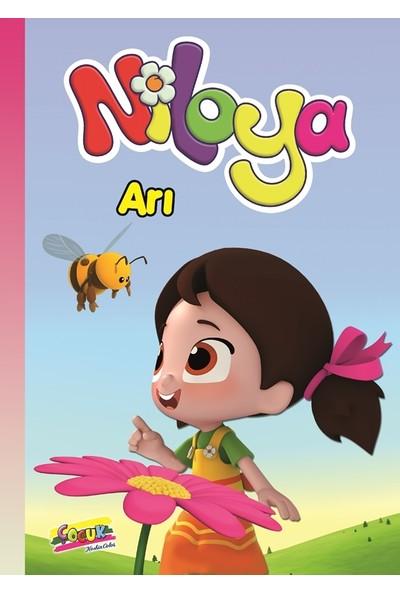 Niloya Hikaye Kitabı: Arı