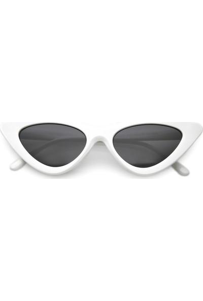 Retro Üçgen Cat-Eye Siyah Camlı Bayan Güneş Gözlüğü Beyaz
