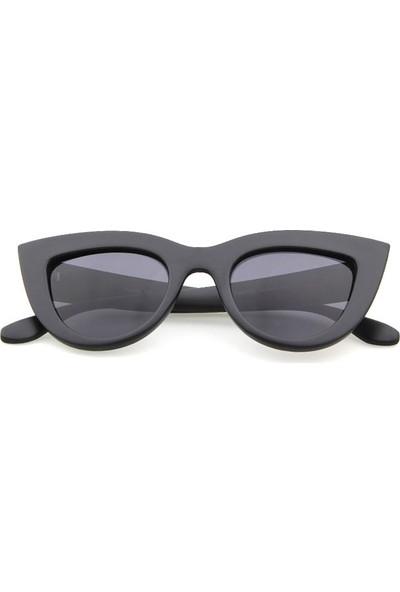 Kalın Çerçeveli Tasarım Cat Eye Bayan Güneş Gözlüğü Mat Siyah
